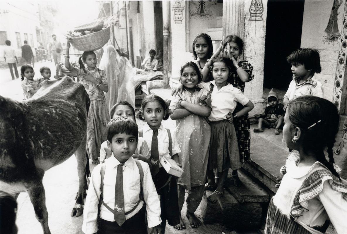 india-benares-kinderen